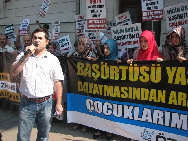 2011-09-17_andimiz-basortusu_cagaloglu02_guney-uzun.jpg