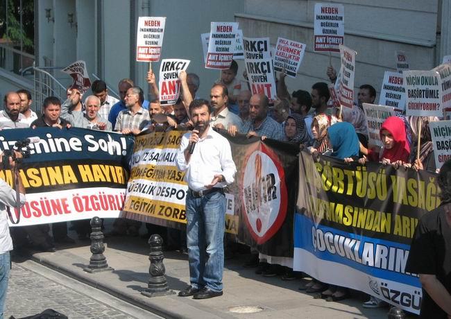 2011-09-17_andimiz-basortusu_cagaloglu03.jpg