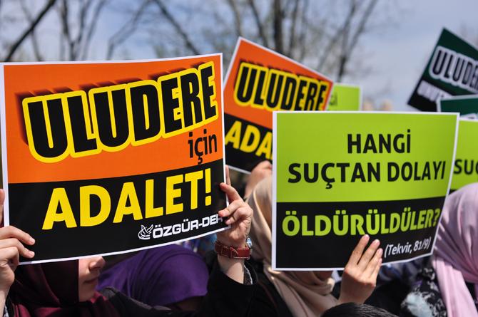 2012-04-07_sarachane_uludere_100_gun_eylem-(6).jpg
