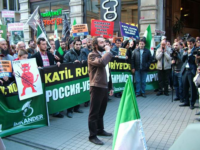 201201203_istiklal_caddesi_rus_konsolosluk_putin_11.jpg