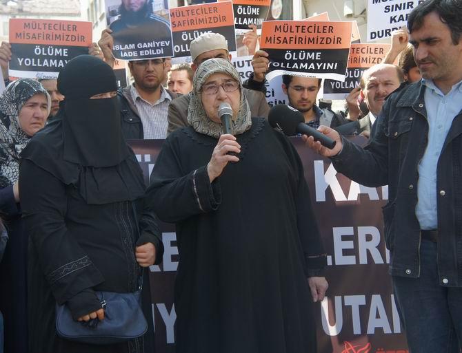 20120323-fatihpostanesi-iki-azeri-multeci-sinirdisi_04.jpg