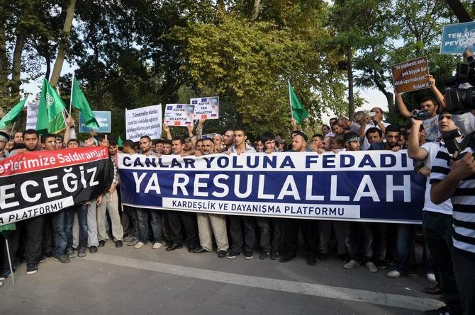 20120915_fatih_sarachane_peygambere_hakaret_filmi_protesto-(12).jpg