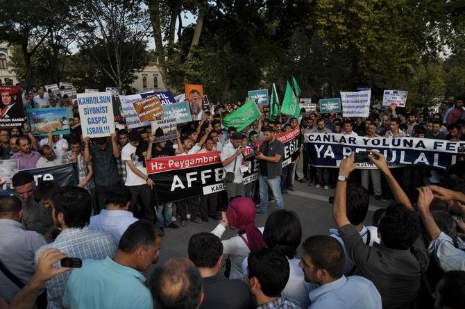20120915_fatih_sarachane_peygambere_hakaret_filmi_protesto-(14).jpg