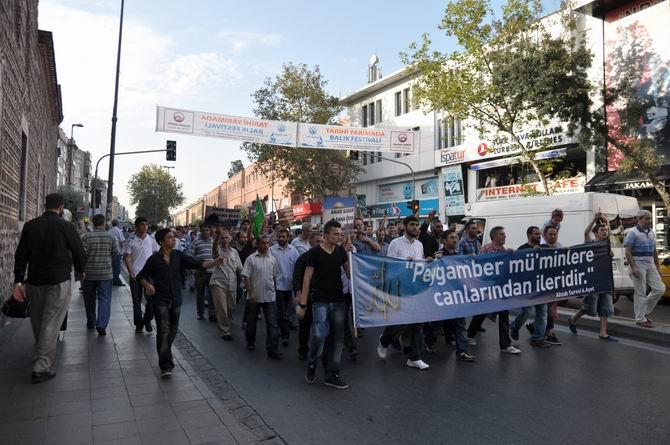 20120915_fatih_sarachane_peygambere_hakaret_filmi_protesto-(6).jpg