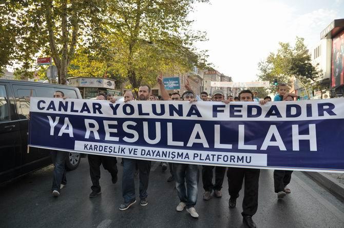 20120915_fatih_sarachane_peygambere_hakaret_filmi_protesto-(7).jpg