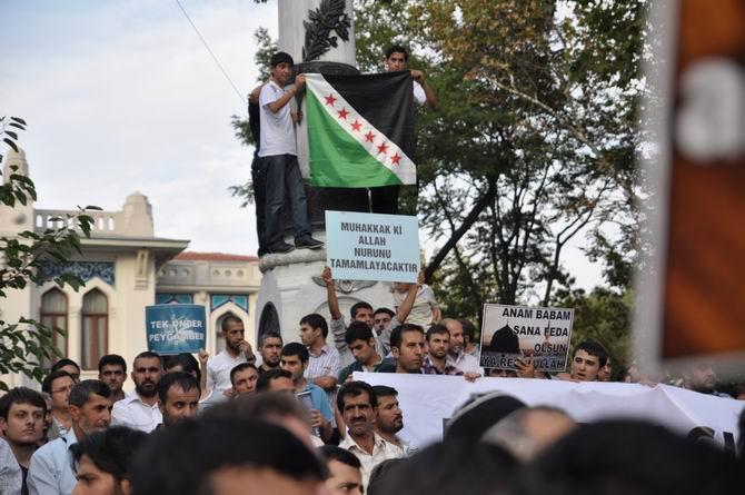 20120915_fatih_sarachane_peygambere_hakaret_filmi_protesto_-(22).jpg