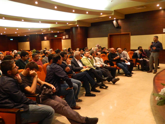 20130508_aliemiri_kultur_merkezi_ortadogu_forumu-(17).jpg