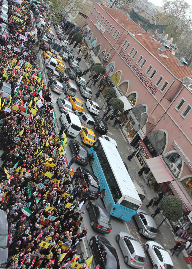 2014-04-11_fatih-sarachane-misir-529-idam-protesto-yuruyusu-egypt-turkey-04.jpg