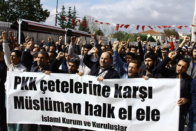 20141010_fatih_camii_giyabi_cenaze_namazi-(3).jpg