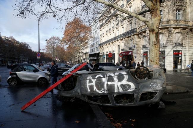2018-12-02t080428z_272147737_rc1f41e97cb0_rtrmadp_3_france-protests-10.jpg