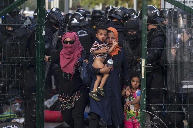 382720150916t173616z_424423492_lr2eb9g1cw5ng_rtrmadp_3_europemigrantshungary.jpg
