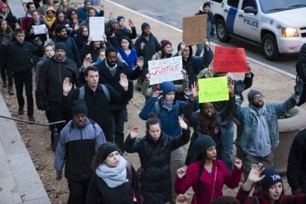 abd-polisini-protesto02.jpg