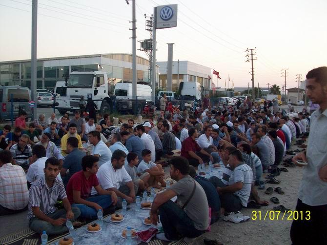 adana-iftar-20130731-2.jpg
