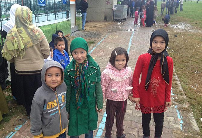 afgan-multeciler-kazlicesme03.jpg