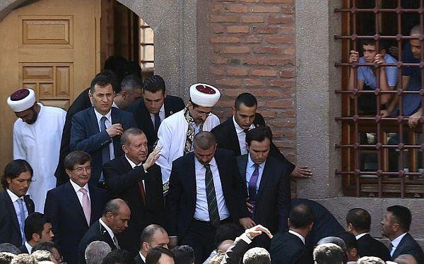 ahmet-davutoglu-erdogan-haci-bayram-veli-camii.jpg
