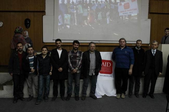 aid-20121203-4.jpg
