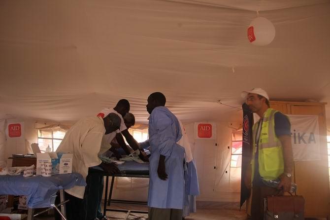 aid-20170508-06.jpg