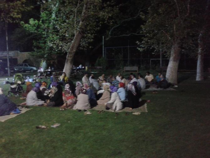akhisar-iftar-20120814-03.jpg