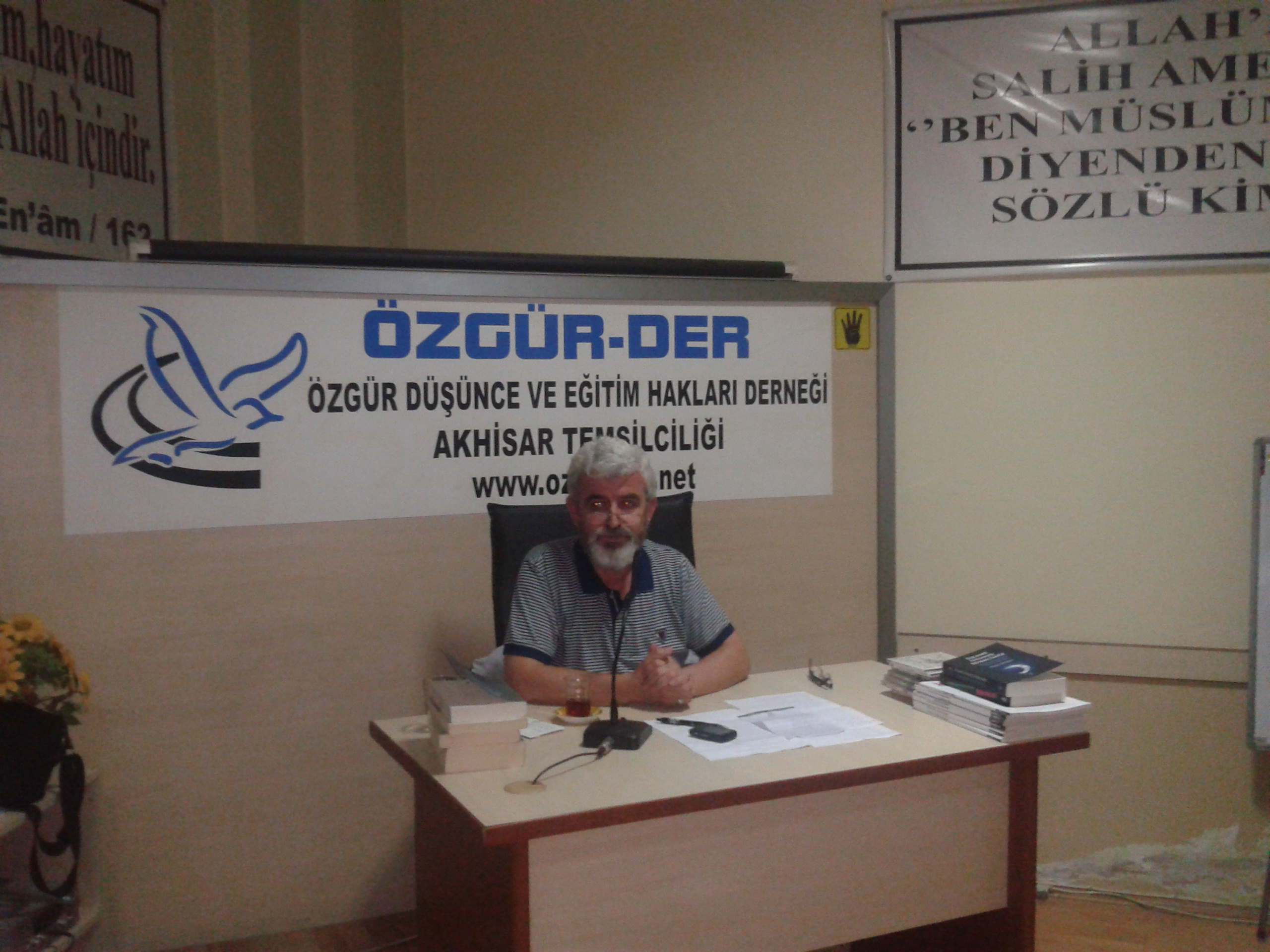 akhisar_ozgur_der_islamcilik_tecrubemiz_ali_soylu-(2).jpg