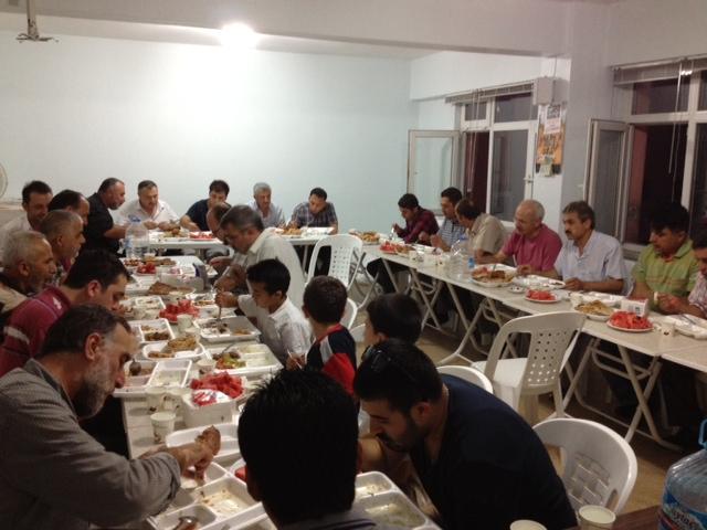 amasya-iftar-20120808-02.jpg