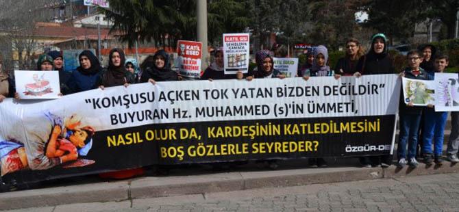 amasya-suriye-5-yil-eylemi-protest-syria04.jpg