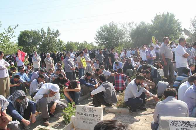 aytac-baran-diyarbakir-pkk-sehid-5.jpg