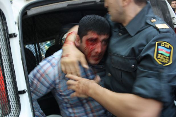 azerbayncan-20121005-05.jpg