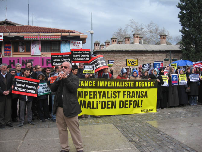 bursa_mali_fransa_protesto-(3).jpg
