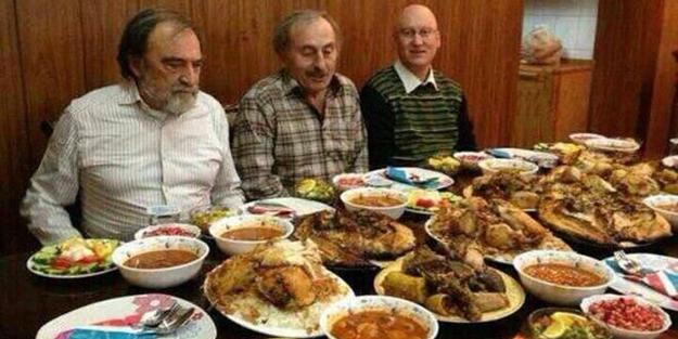 cemaatin-mutevazi-iftar-sofrasi-h1435218831.jpg