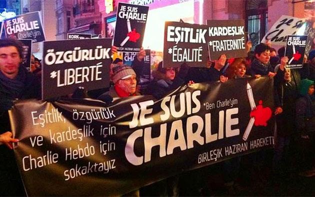 charlie-hebdo-turkiye-istanbul-solcu-gruplar-hepimiz-charlieyiz02.jpg