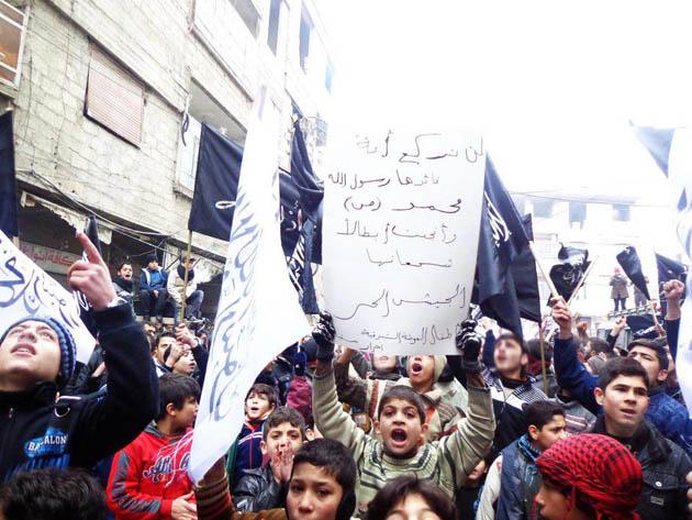 cuma-gosterileri_olum-cadirlari_syria-suriye06.jpg
