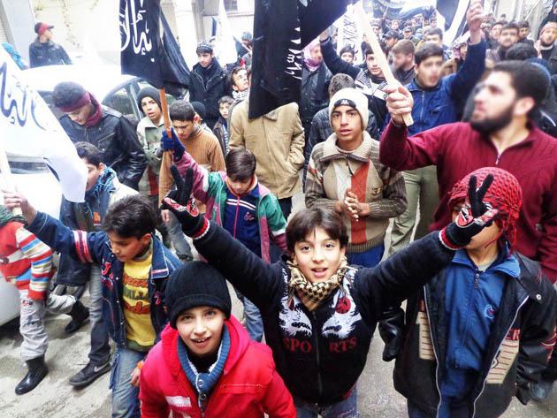cuma-gosterileri_olum-cadirlari_syria-suriye08.jpg