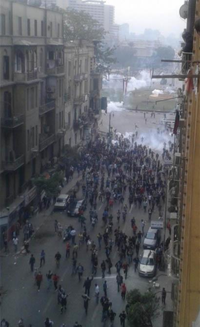 darbe-karsiti-ogrenciler-tahrir-de-misir05.jpg