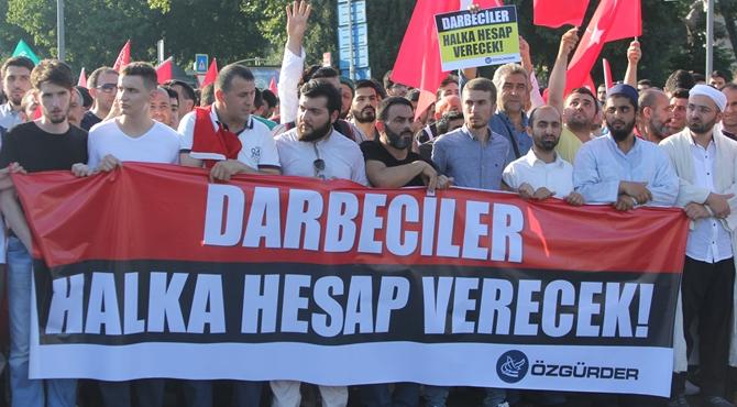 darbe_kalkismasi_protestosu-(3).jpg