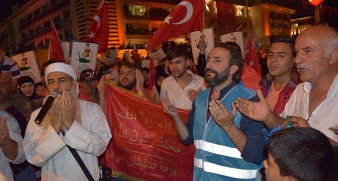 darbe_kalkismasi_protestosu_imkander_kafkasyali_muhacirler-(3).jpg