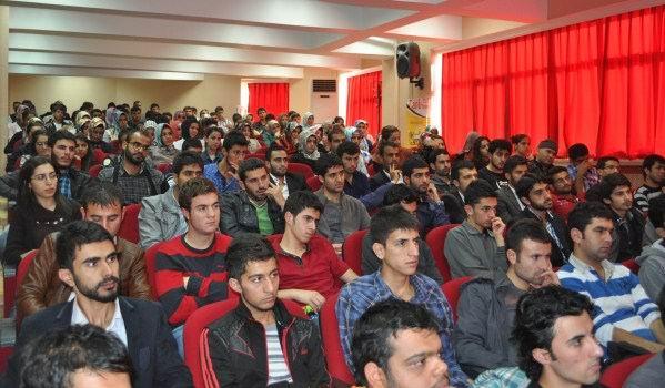 dicle-universitesi_ortadogu-intifadalari-suriye02.jpg