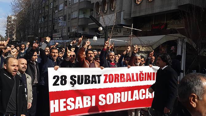 diyarbakir-28-subat-protestosu-paralel-yapi-cemaatciler-provokasyon02.jpg
