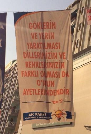 diyarbakir-ak-parti-pankart-ayet-rum-22.jpg