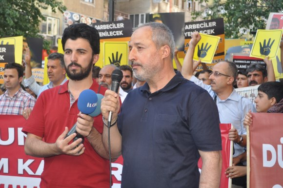 diyarbakir-darbeyi-protesto-04.jpg