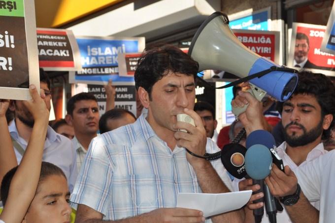 diyarbakir-misireylemi-20130708-12.jpg