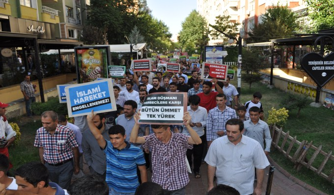 diyarbakir-misireylemi-20130708-6.jpg