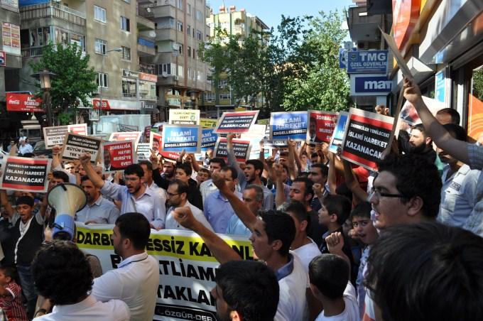diyarbakir-misireylemi-20130708-9.jpg