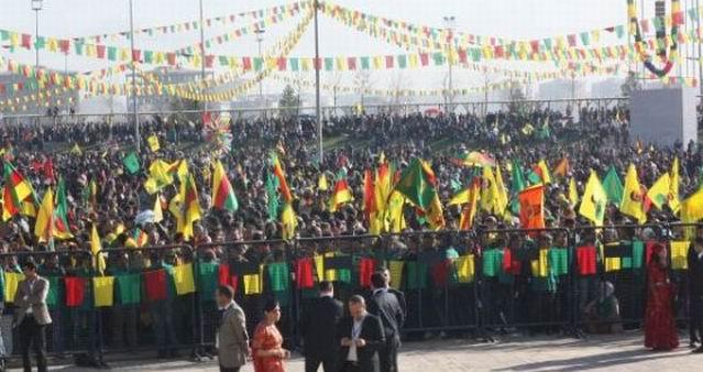diyarbakir-nevruz-newroz-2013-01.jpg