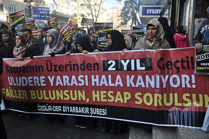 diyarbakir-roboski-eylemi-(4).jpg