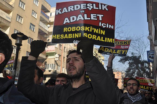 diyarbakir-roboski-eylemi-(7).jpg