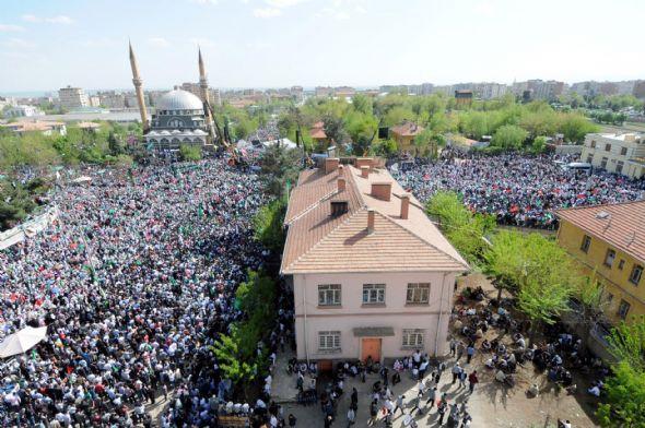 diyarbakir_kutlu_dogum-20120422-10.jpg