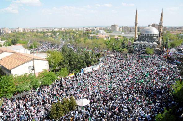 diyarbakir_kutlu_dogum-20120422-11.jpg