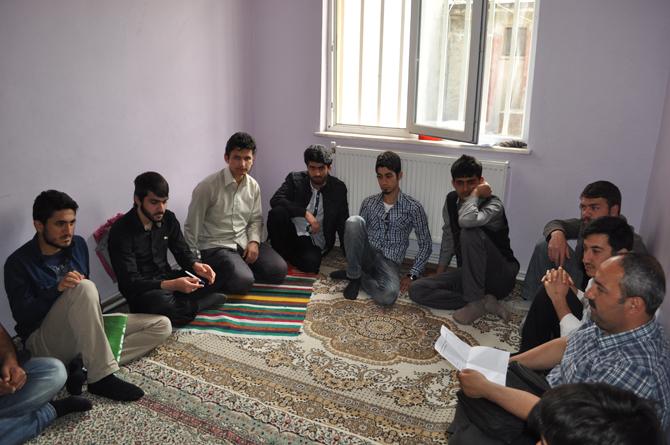 diyarbakir_ozgur_universiteli_bulusmasi_atolye-(1).20120427202439.jpg