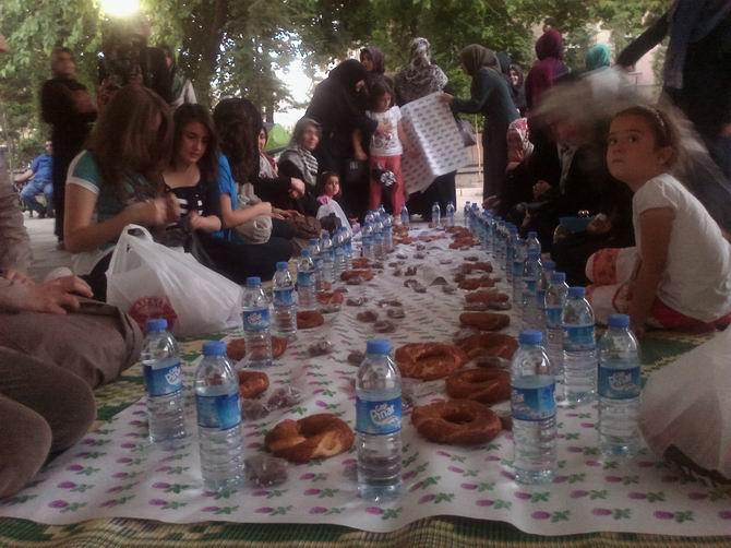 elazig-iftar-20130713-2.jpg