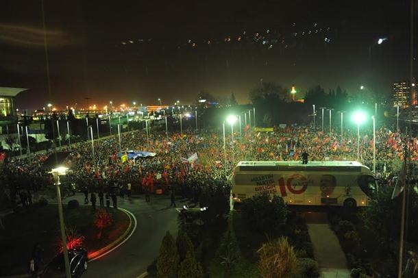 erdogan-halka-seslendi5.jpg